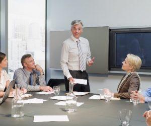 Características del Panel de Discusión
